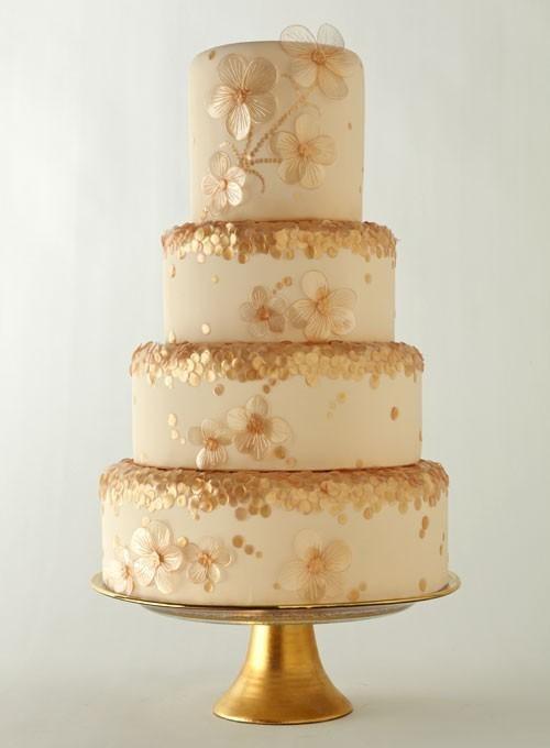 Золотистый свадебный торт