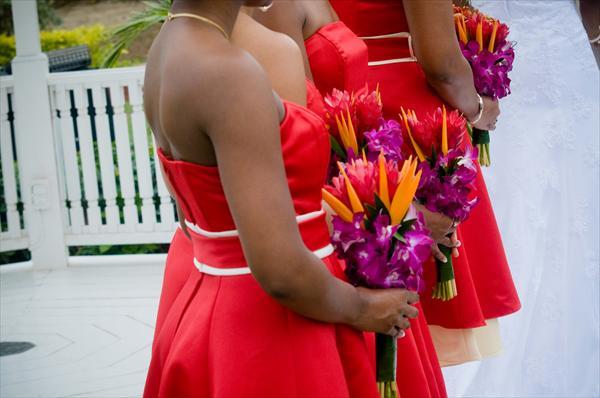 Букеты для подружек невесты со стрелицией