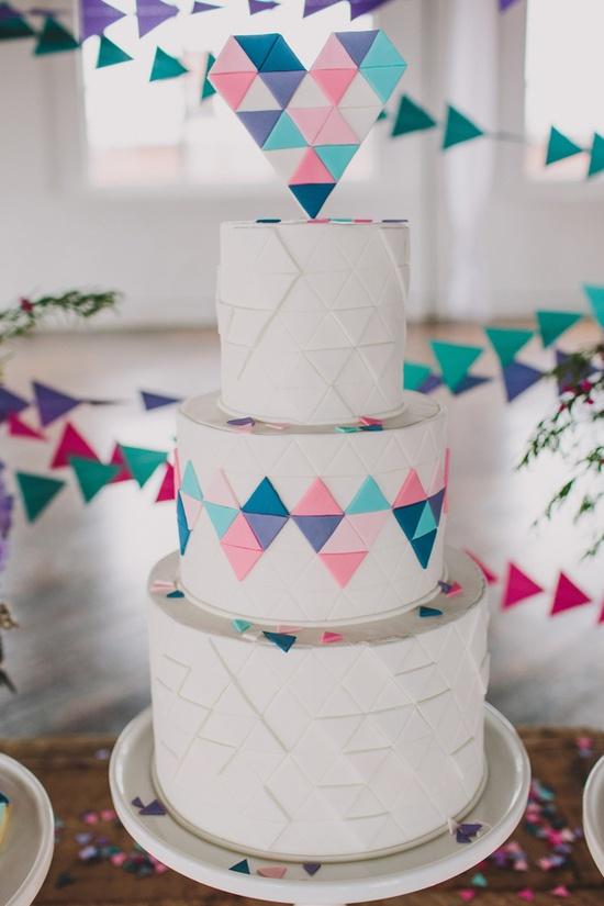 Геометрический свадебный торт