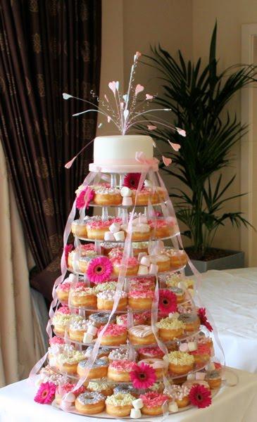 Свадебный торт из пончиков