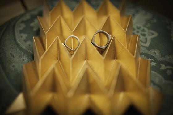 Кольца для геометричной свадьбы
