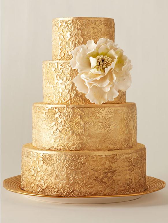 Золотой торт свадебный