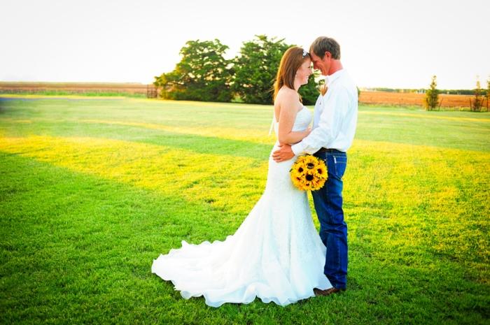 Свадебная съемка в поле