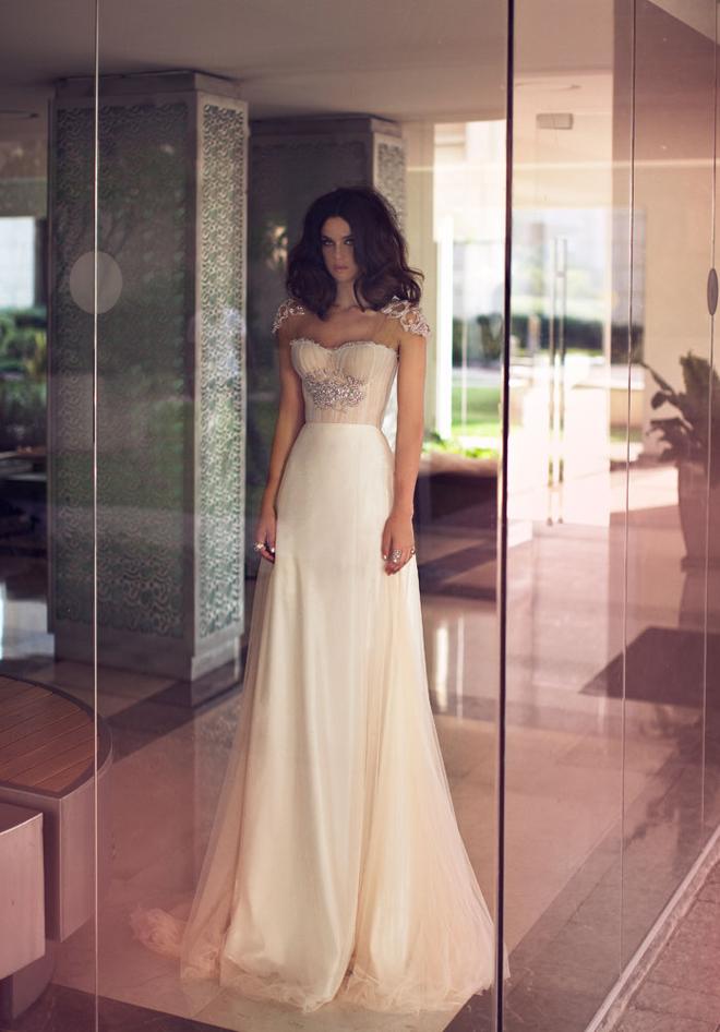 Дизайнерское свадебное платья