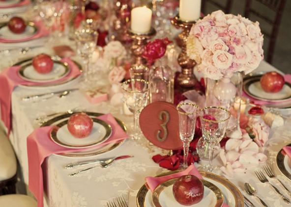 Свадебный декор с гранатами