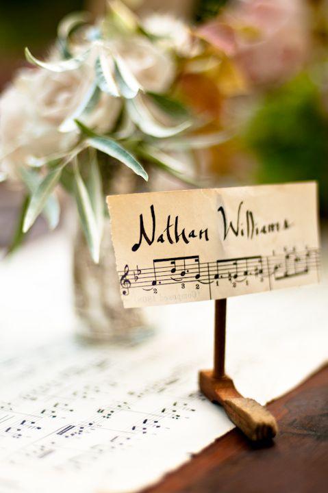 Музыкальная рассадочная карточка