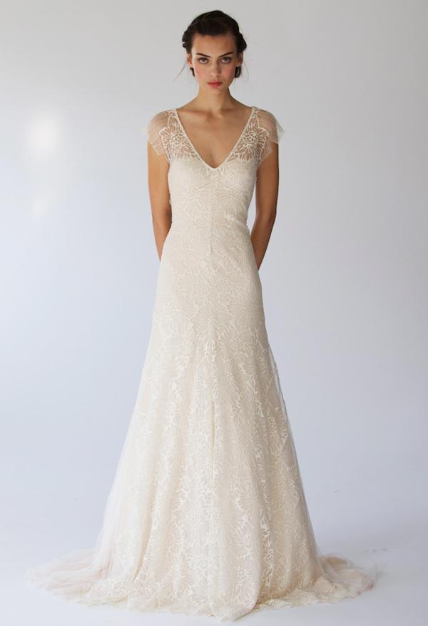 Свадебные платья с короткими рукавами