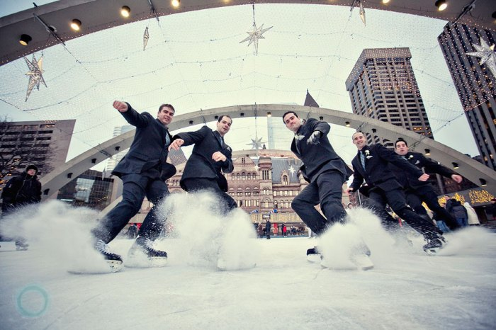Зимняя свадьба на коньках