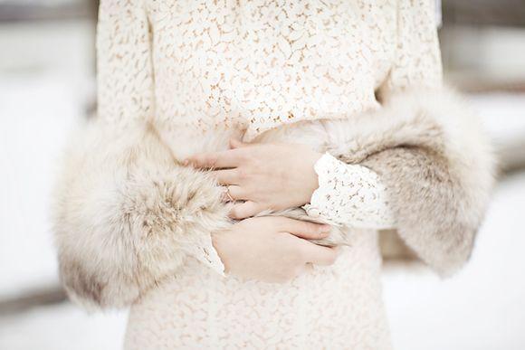 Меховой шарф на свадьбу