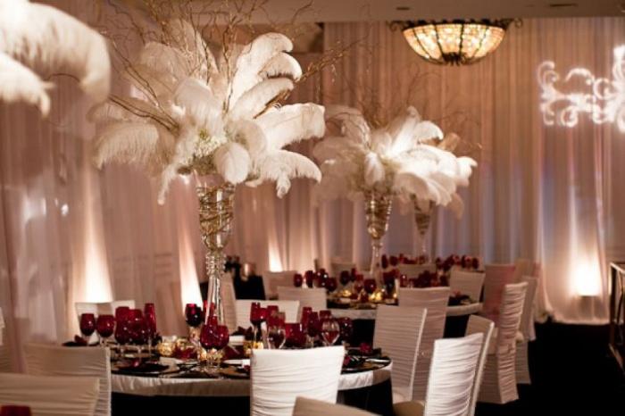 Перья на свадьбе