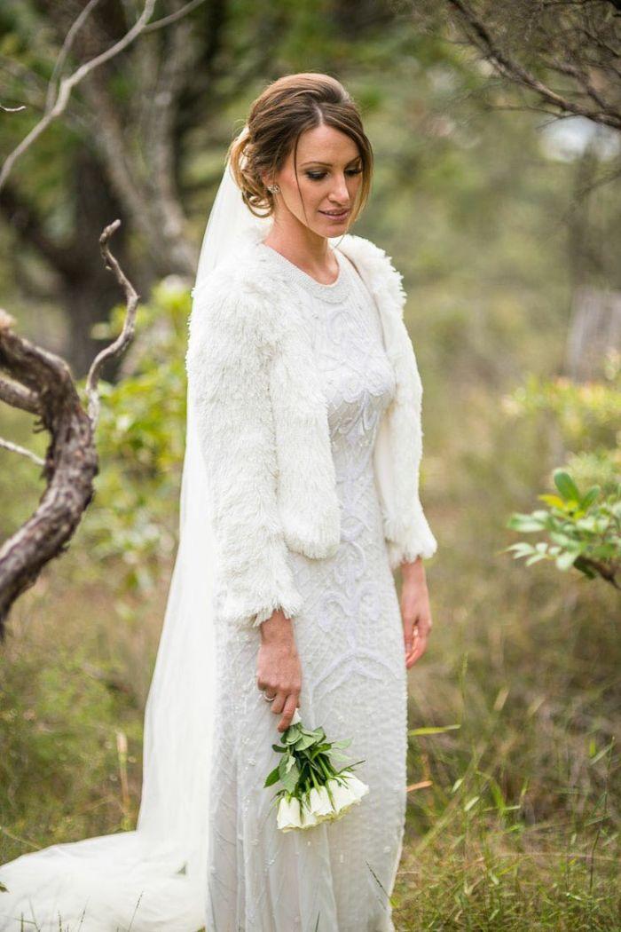 Свадебная прическа для маленьких невест