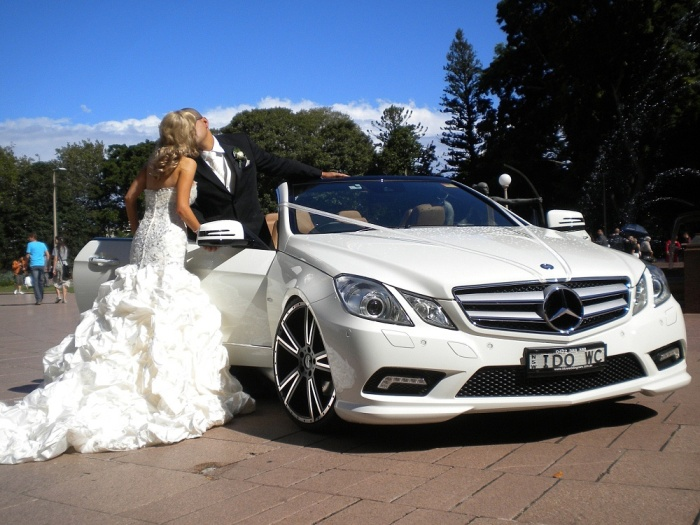 Автомобиль бизнесс-класса на свадьбу