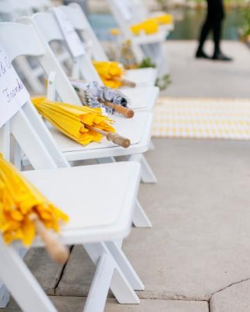 Бумажные зонтики для гостей