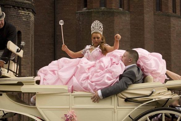 Цыгане в карете на свадьбе