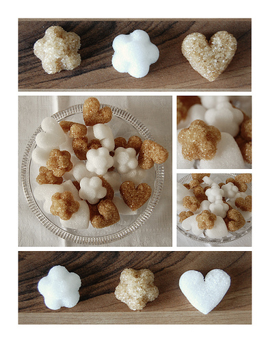 Сахар в форме сердечек и цветочков