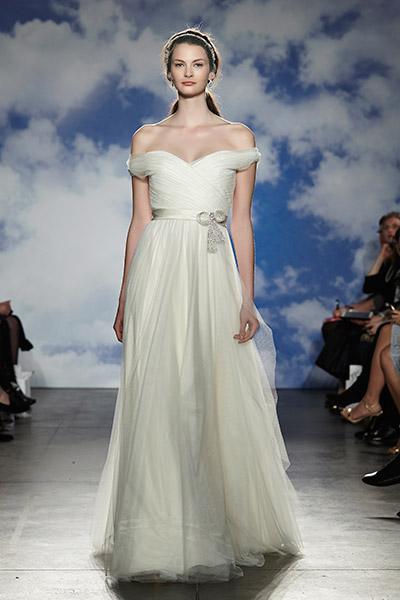 jenny-packham-off-the-shoulder-wedding-dress2