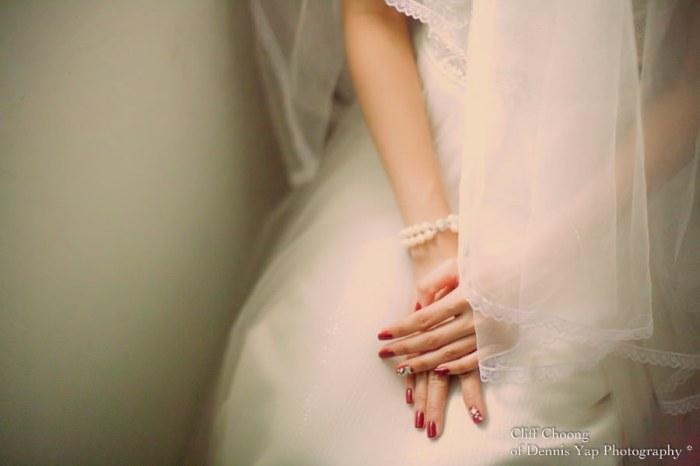 Маникюр красного цвета на свадьбу