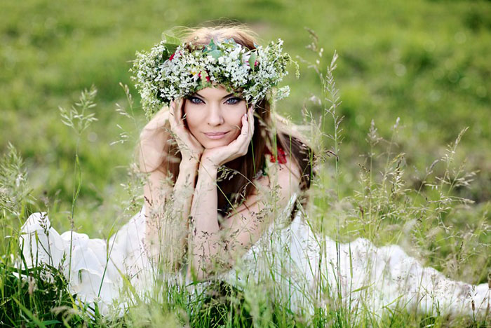 Венок для невесты из полевых цветов