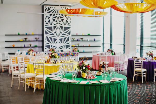 Геометрический свадебный декор