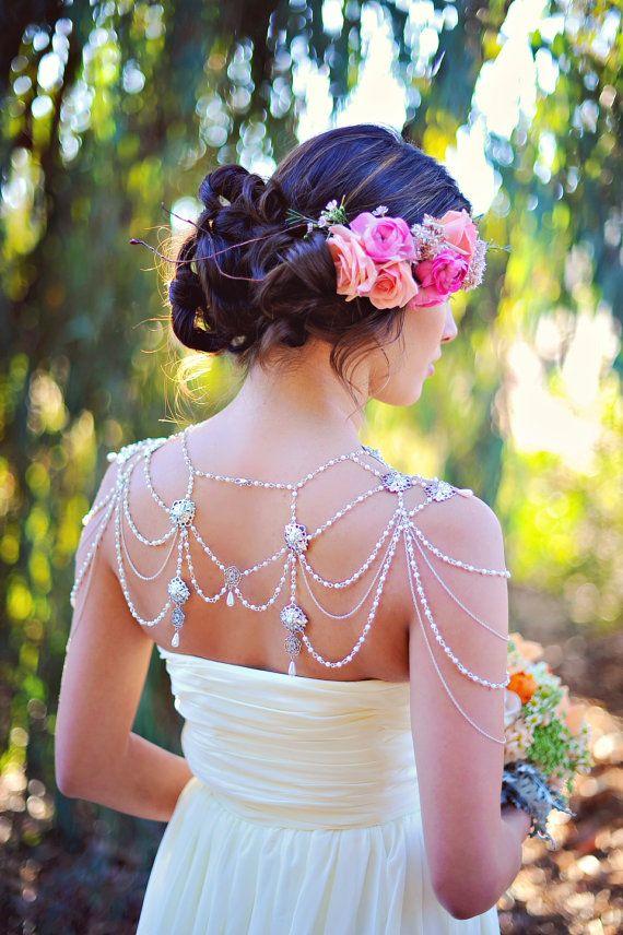 Украшение свадебного образа
