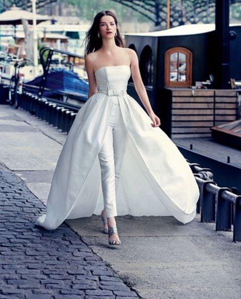 Невеста в брючном платье