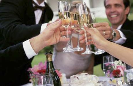 Что говорить тостующему на свадьбе