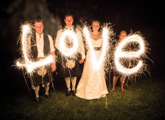 wedding-photo-idea-sparklers